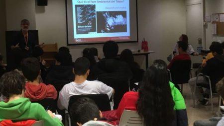 """L'UCT de l'ICO col·labora amb el projecte """"Entorn sense fum"""" dels alumnes de l'Escola Salesians Rocafort"""