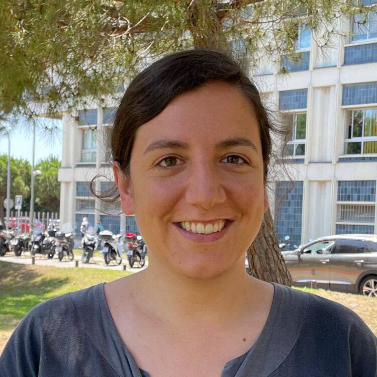 Clara Mercader